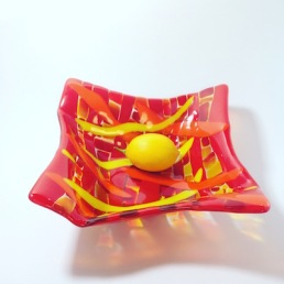 $65 Fused glass orange, red, yellow 9 x 9 bowl